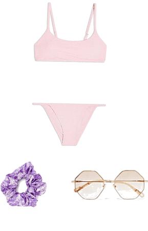 bikini Carol