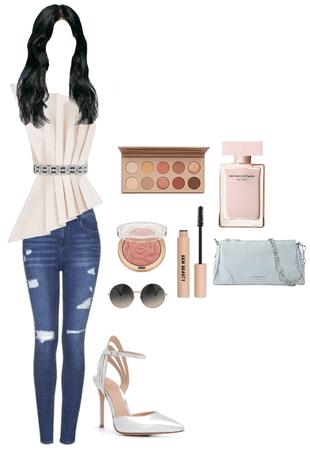 Jeans & Cute Stylish Top