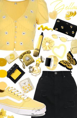 Yellow Yellow 💛⭐️🌙🌼🍌