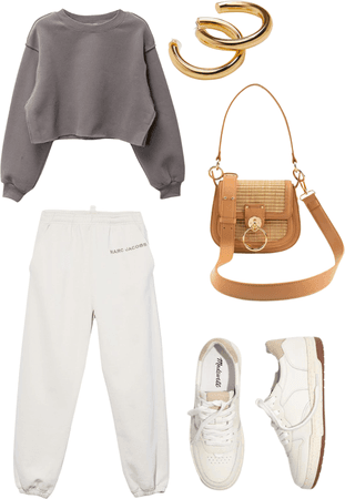 comfy casual outfit for everyday look