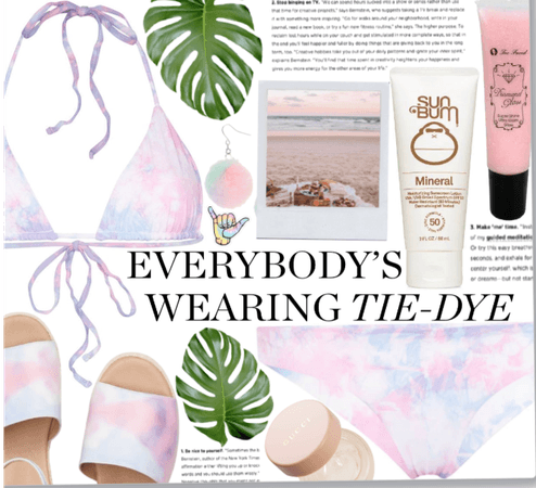 Tie dye at the beach
