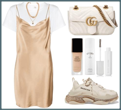 «Style a slip dress.»