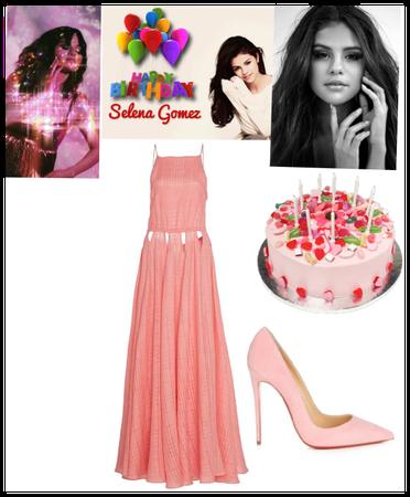 Selena gomez birthday outfit
