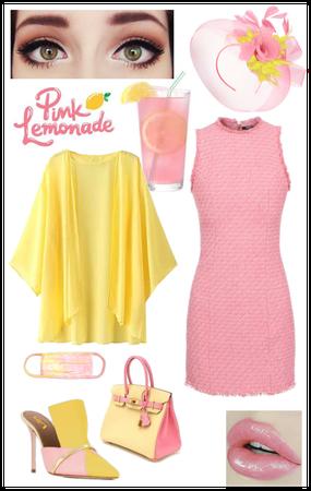 Refreshing Summer Pink Lemonade