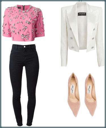 Outfit semi formal cuerpo triángulo