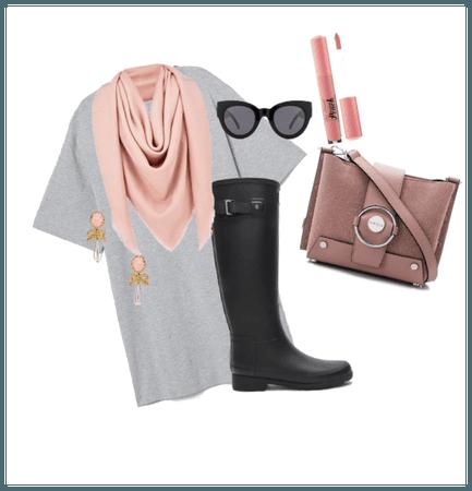 """""""Dressing up"""" a tee-shirt dress👗"""