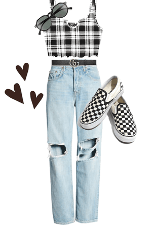 Checkered look 🤍🖤
