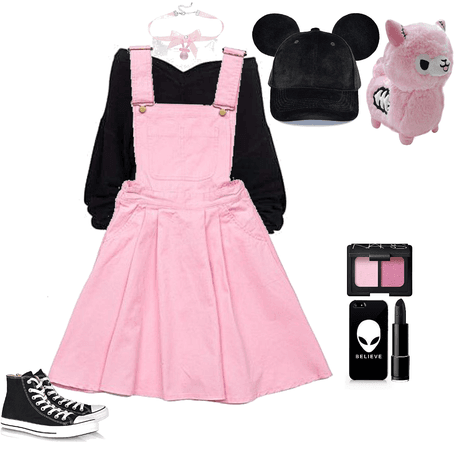 Casual pink pastel goth