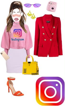 instagram as a girl 💜❤️🧡💛