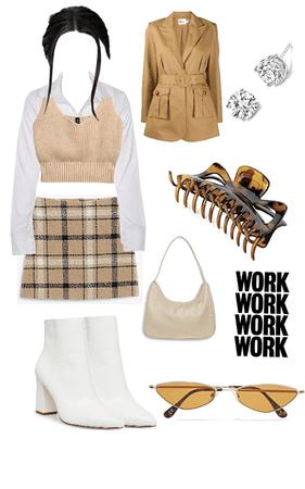 minimalist business woman 👩🏻💻