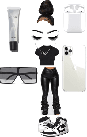 Beauty Black and White Fit