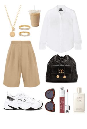 sneakers/shirt