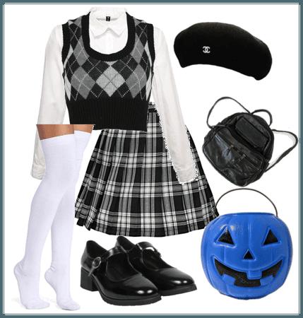 31 Costumes of Halloween: Clueless Schoolgirl