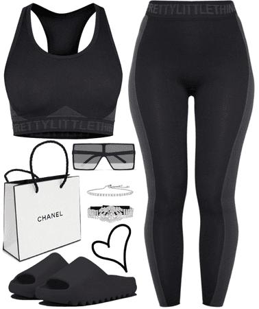 all black affair 🖤