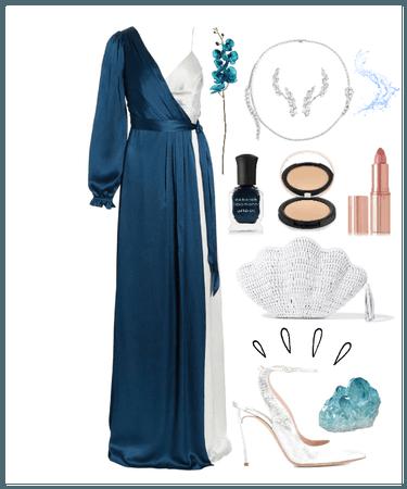 Water bearer: Aqua Godess