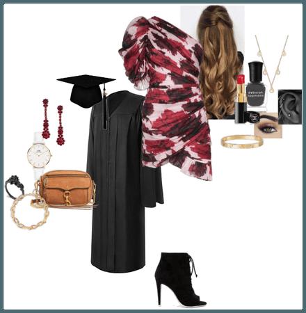 Ellie Camden-Royce 9 - Graduation outfit (2019)