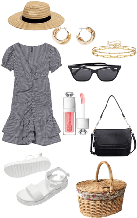 VACATION OUTFITS