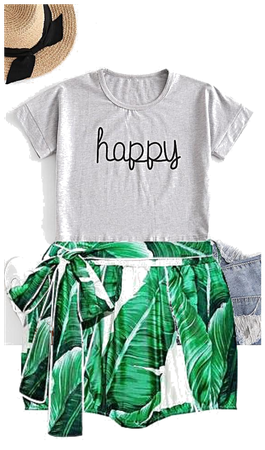 Happy Shirt With flower shorts
