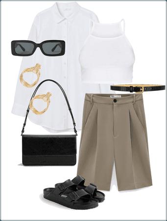 Bermuda + oversized shirt
