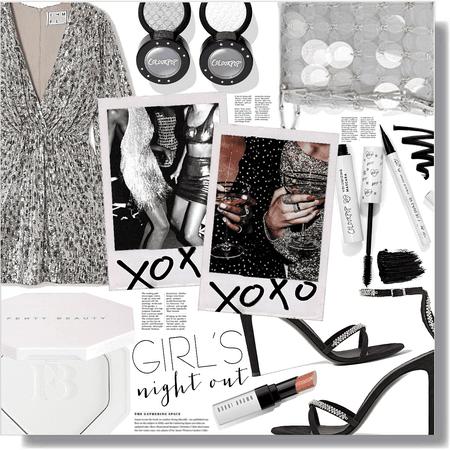 girls night out 🤍