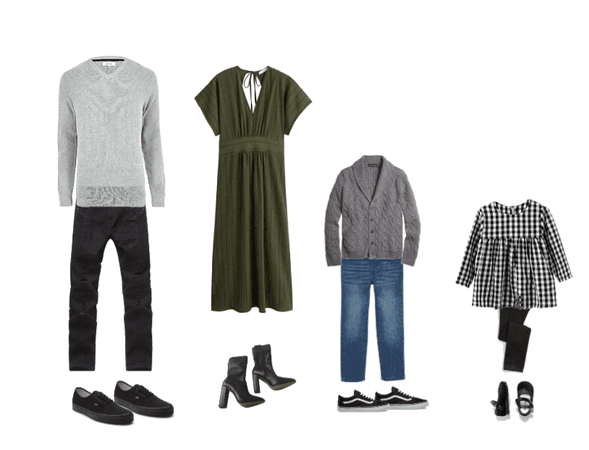 Family fall photo outfits 5