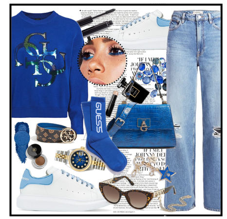 Blue casual look