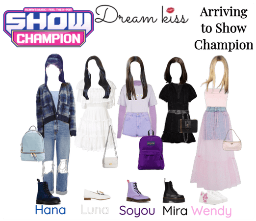 Dreamkiss Arriving to Show Champion