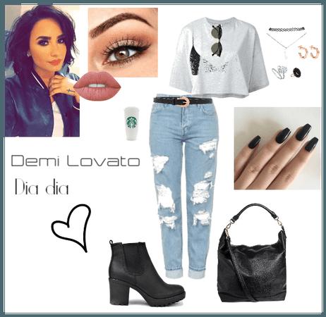 Look Demi Lovato