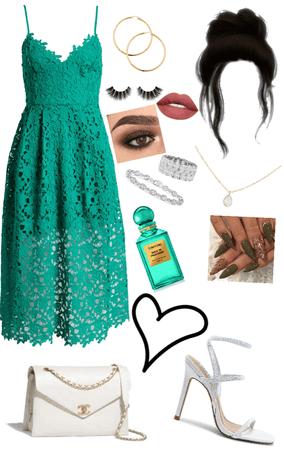love that dress 👗