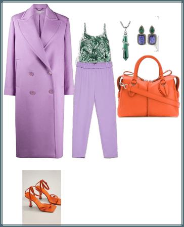 Armonia triada violeta,naranja y verde