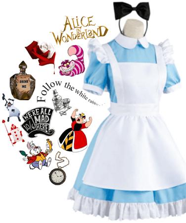 Alice In Wonderland 👧🏼💙🐇