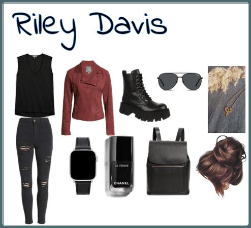 Riley Davis- Macgyver