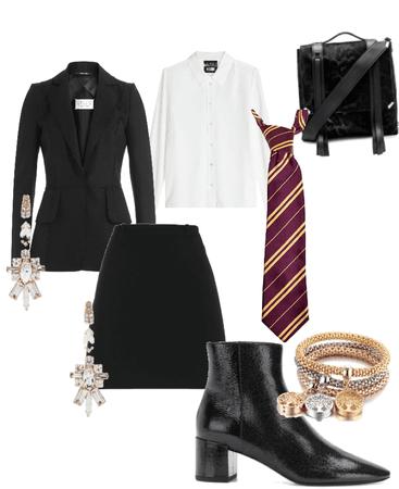Evie:: School Look