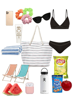 what's in my bag - beach