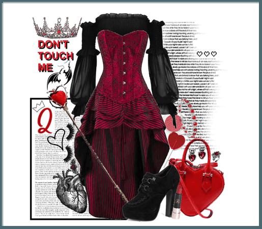 Twist: Queen of Hearts (Alice In Wonderland)