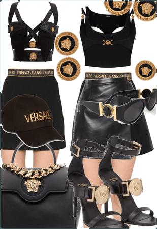 Vintage Versace- God, I miss Gianni💔👠✨