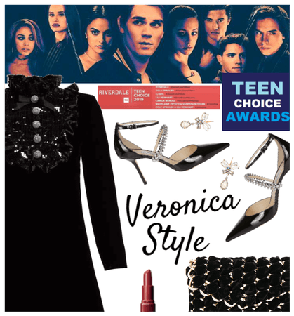 Teen Choice Awards: Veronica Red Carpet Style