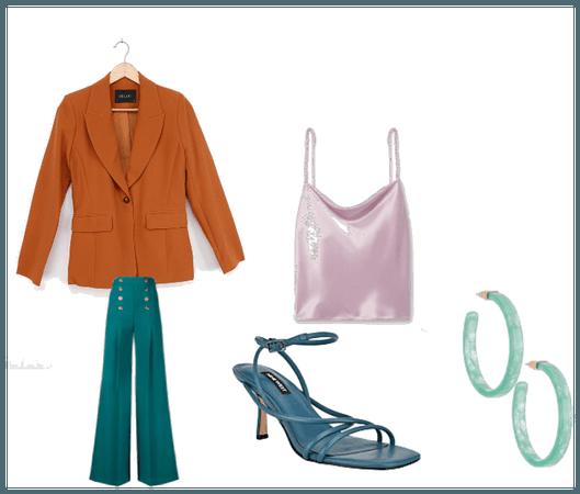 Triad outfit