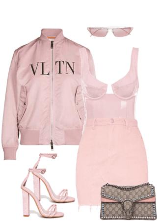 all pink - statement Gucci