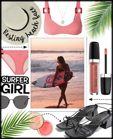 SUMMER 2020: Surfer Girl Style