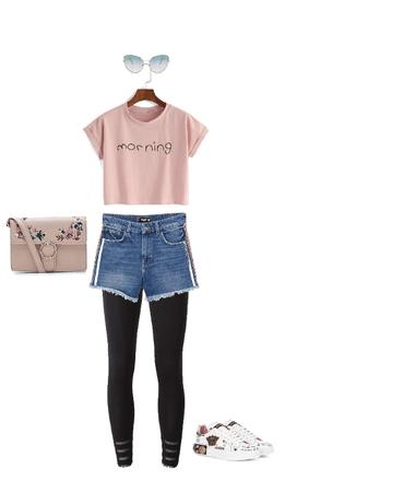 K-fashion pretty in pink