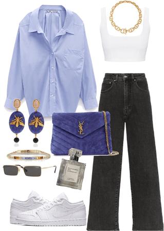 casual look / oversize blue shirt