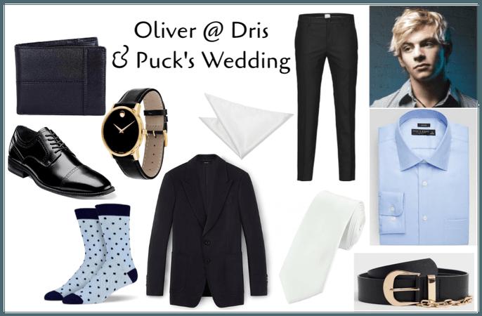 Oliver @ Dris & Puck's Wedding