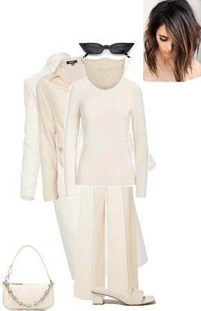 Fashion Week: Minimalist Fashion (Quarantine Edition)