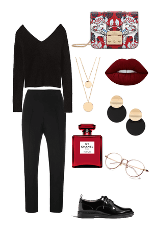 BLACK LOOK WITH RED ACCENT