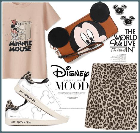 Modern Minnie