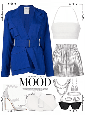 Strong blue blazer with silver short and jewelry