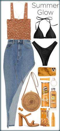 Black Bikini. Black+Tan