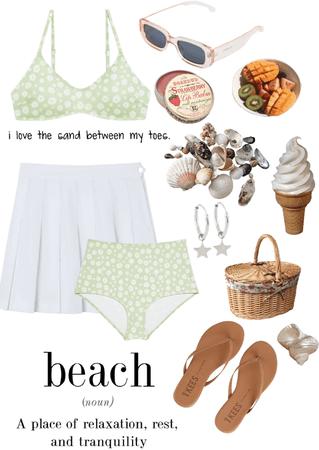 Take me to the beach 🏖👙