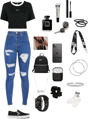 Black on black🖤